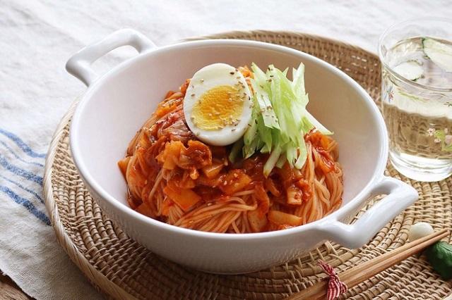 Bật mí những món mỳ ở Hàn Quốc cực ngon cho ngày hè của bạn