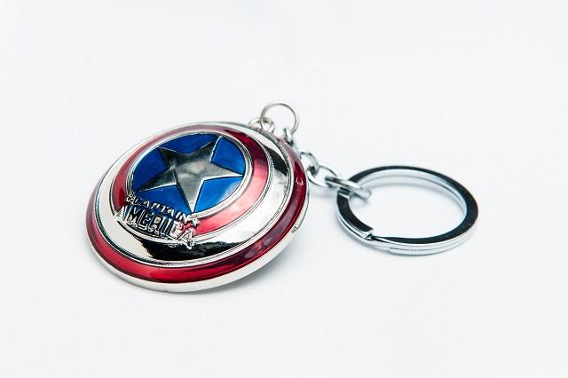 Móc khóa hình chiếc khiên của Captain America sẽ làm hài lòng fan của Avengers